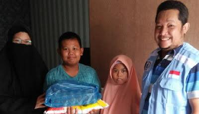 Kembali, APPI Serahkan Paket Sembako Kepada Anak Yatim