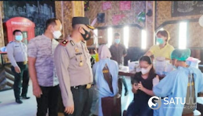 Kapolsek Bagan Sinembah Kawal Vaksinasi Presisi