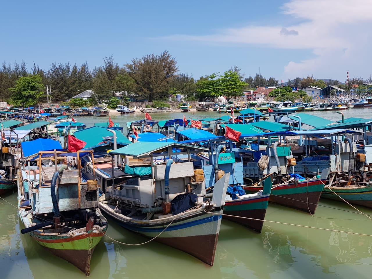 Ngelabui APH Puluhan Kapal Nelayan Dimodifikasi jadi Ponton TI Selam Hajar Perairan Air Kantung