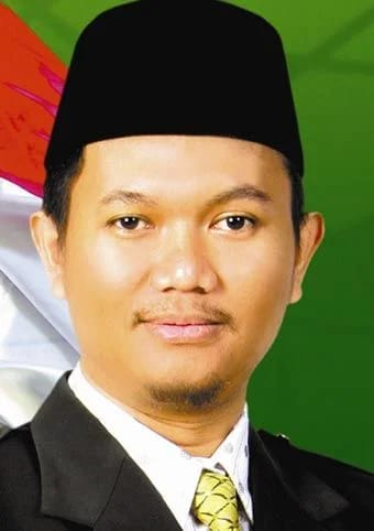 Kasus Perampokan APBD Riau 2014, Status Tersangka Annas Maamun Disorot, Riki Hariansyah ?