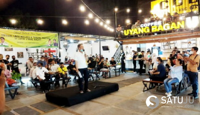 Bupati Rohil Buka Festival Lagu Melayu dan Tarung Pantun