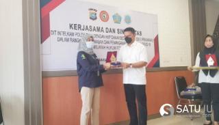 Kementerian Kesehatan Anugerahi Penghargaan Pada Dit Intelkam Polda Riau